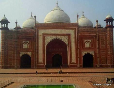 1-Taj mosque